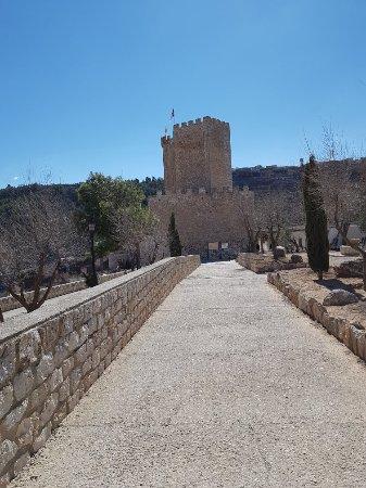 Castillo de Alcalá del Júcar: 20180219_130842_large.jpg