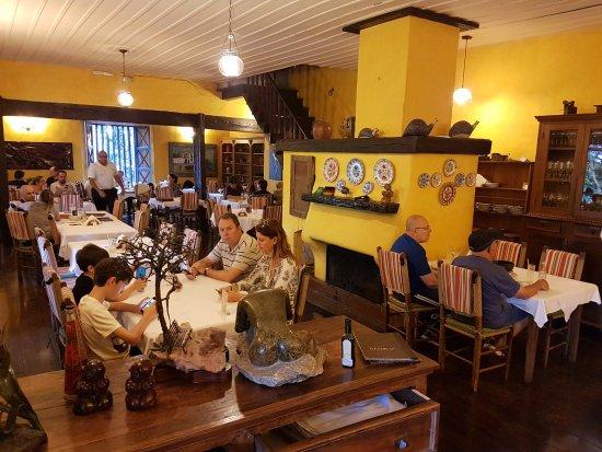 Restaurante O Garimpo - Embu das Artes - Varanda (Vista Interna)