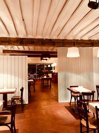 Port-Villez, Франция: Salle de restaurant