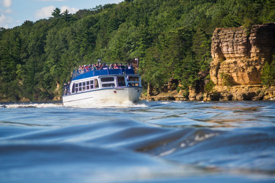 Dells Boat Tours