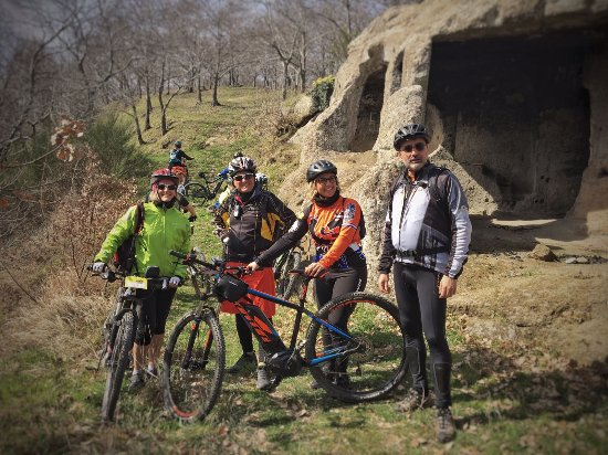 eMTB3Vi - Electric Mountain Bike Tour: Friends 2