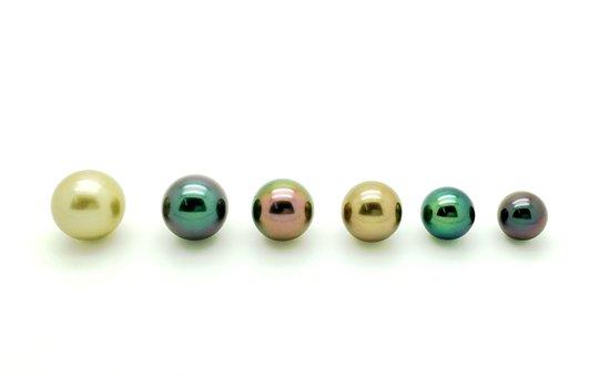 Mihiarii Pearls