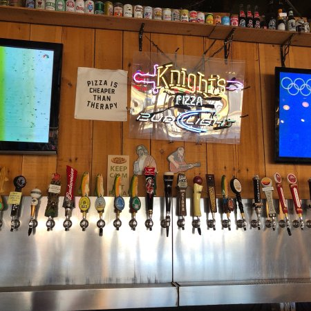 Johnson City, Tennessee: Knight's Food & Sports