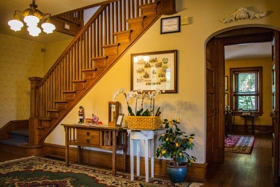 Kennett House Bed & Breakfast: Lobby