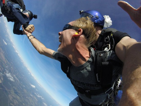 Altha, FL: My first time skydiving! Sam and Luke you are the best! Thank you for the experience!!