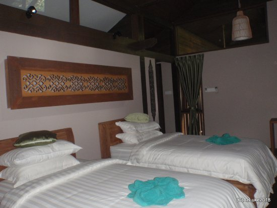 Sukau Rainforest Lodge: Villa Twin room.