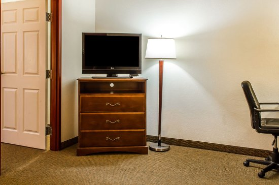 MainStay Suites Grantville - Hershey North: Suite