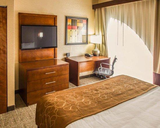North Bergen, NJ : Guest room