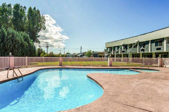 Buffalo, WY: Pool