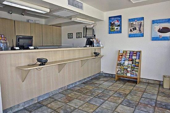Buttonwillow, Californië: Lobby