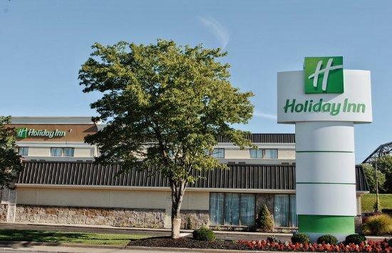 Holiday Inn Hotel Cincinnati Riverfront