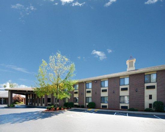 Comfort Inn Mount Vernon Image