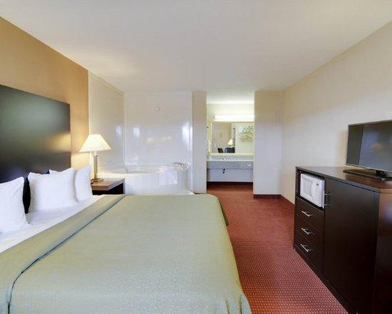 Clarksville, AR: Guest room