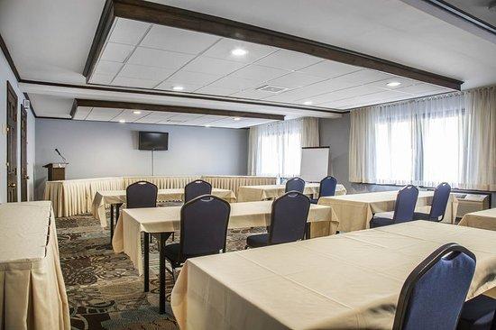 Lee, MA: Meeting room