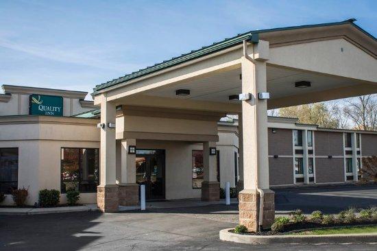 Quality Inn Central: Exterior
