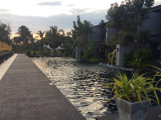 Sai Thai, تايلاند: 夕焼け時