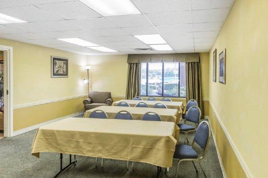 Calera, AL: Meeting room