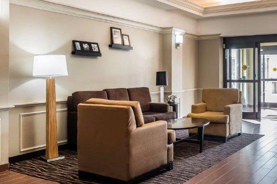 Sleep Inn and Suites Dothan: Lobby