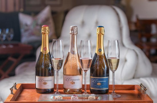 L'Ormarins MCC and Nougat Pairing at ...