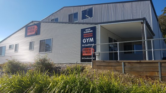 Batemans Bay, Australien: Front View - Rock On Fitness and Indoor Climbing
