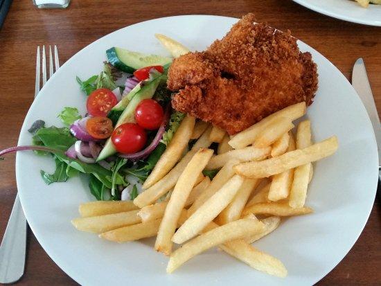 Chicken Schnitzel Chips Salad Picture Of Milestone Hotel Dubbo Dubbo Tripadvisor