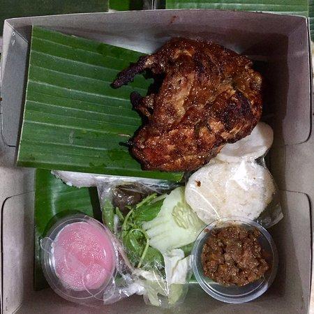 Grilled Chicken Timlo Soup Fried Chicken With Kremes Picture Of Ayam Panggang 3 Berku Yogyakarta Region Tripadvisor