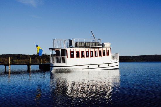ISA båten vid Lygnern. Bild från Isa af Lygnern, Sätila