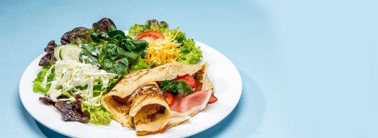 Pfannenplätz mit Rohschinken und Parmesan