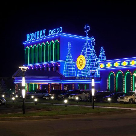 Kapchagay, Kasachstan: Фасад казино Бомбей