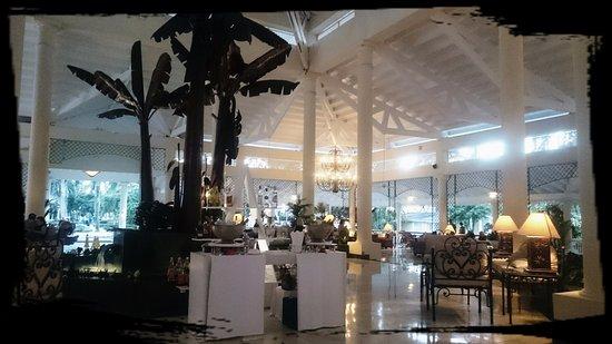 Grand Bahia Principe El Portillo: lobby