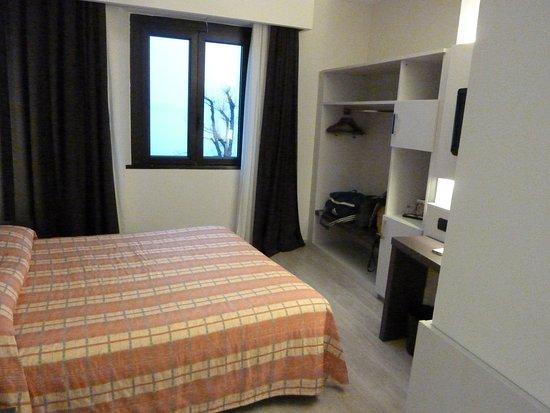 Img  large g picture of hotel giardino arona