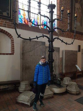 Nietypowy Okaz gotycki świecznik siedmioramienny z 1327 roku, 4 metry wysokości IB31
