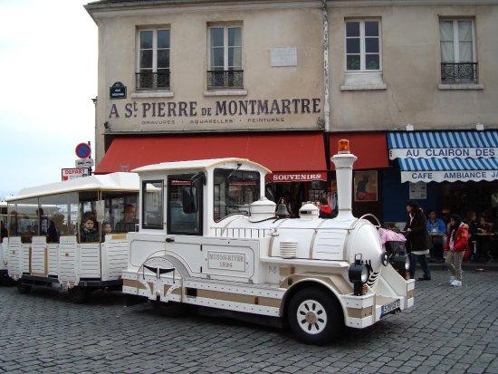 The Little Train of Montmartre (Le Petit Train de Montmartre) : Départ Place du Tertre