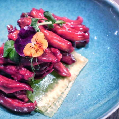 Modern and Fancy Shanghainese Cuisines