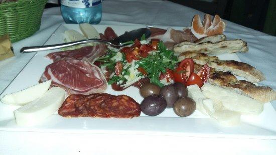 Furci Siculo, Italy: 20180124_212720_large.jpg