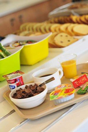 Caissargues, France : petit-déjeuner