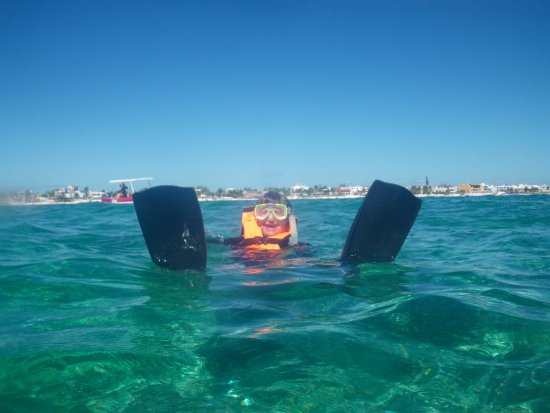 National Reef Park of Puerto Morelos : Resting during snorkel