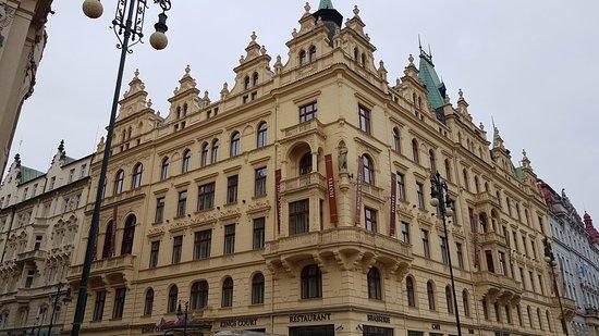 Hotel Kings Court: 20180218_102526_large.jpg