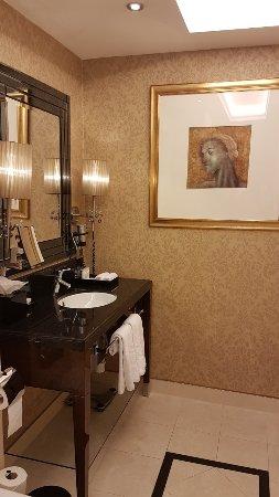Hotel Kings Court: 20180216_144053_large.jpg