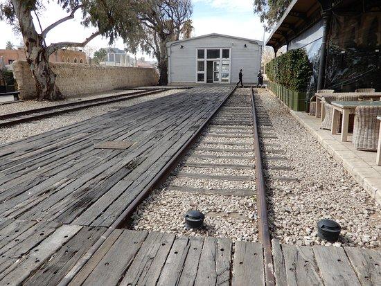 HaTachana: rails restaures