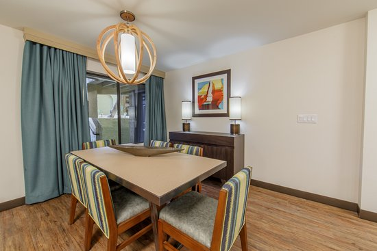 2 Bedroom Dining Table Picture Of Holiday Inn Club Vacations