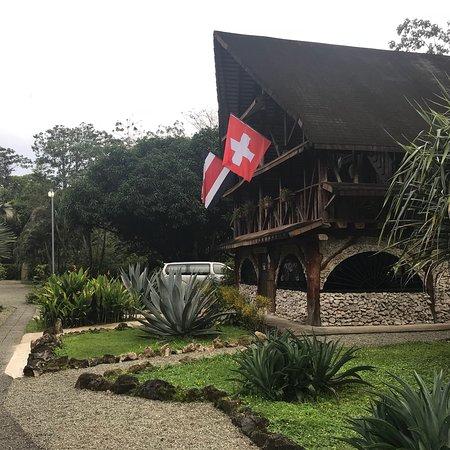 Suizo Loco Lodge Hotel & Resort: photo1.jpg