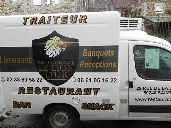 Saint-James, Francia: Le Lion d'Or  vous livre vos banquet.