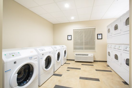 Enjoy the Longmont Candlewood Suites' free laundry facilities any time of the day or night!