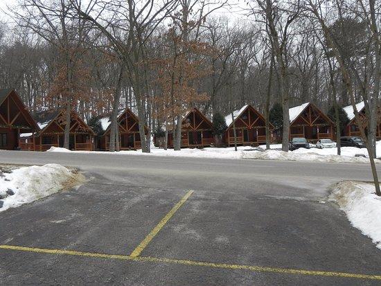 Cedar Lodge & Settlement: Rear view