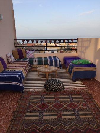 Offshore Surf Morocco: ein kleiner Teil der riesigen Dachterrasse <3