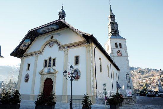 Saint-Gervais-les-Bains, Prancis: Extérieur de l'église Saint-Gervais Saint-Protais