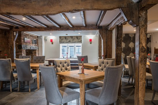 Channels Bar Brerie Rustic Fine Dining Restaurants Chelmsford