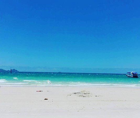 Whitehaven Beach : whitehaven