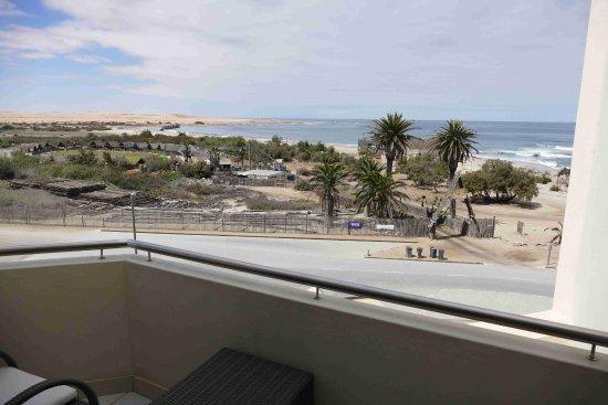 Beach Hotel Swakopmund: Blick vom Zimmerbalkon auf Atl. Ozean